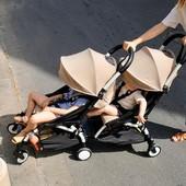 En solo click y empieza la aventura de los hermanos y hermanas 🐣🐣  💥 YOYO de @babyzenspain se convierte en un cochecito doble con YOYO connect, un accesorio que se acopla en la parte trasera de tu cochecito.  ¡Ya disponible en nuestra web!  #alananitanana #tiendaonline #puericultura #españa #mamaprimeriza #instababy #instamom #instadad #maternidad #paternidad #descuentos #embarazo #embarazada #yoyoconnect #babyzen #babyzenyoyo