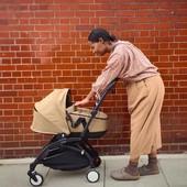 🖤🧡🖤🧡🖤🧡🖤🧡 Estamos In love con la nueva silla de paseo YOYO² y capazo Bassinet. Lo más calentito, cómodo y ligero para nuestros bebés. Y para los no tan bebés, la plataforma de @babyzenspain es ideal para que vayan de pie o sentados.   Preparadas, listas... ¡ya!👶 Nos vamos de paseo🥰   #alananitanana #tiendaonline #puericultura #españa #mamaprimeriza #instababy #instamom #instadad #maternidad #paternidad #babiesofinstagram #embarazo #stroller #babyzen #babyzenyoyo #amor #paseosdeinvierno