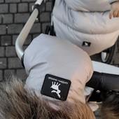 Combo ideal para el frío de @cottonmoose ☃❄ Rebajamos los precios a los siguientes productos:  👉 Guantes por 49,90€ 👉 Bolso por 89,90€ 👉 Saco Universal Baby Moose por 66€  📷 @cocolemelocoton 💙  ¿Tienes alguna duda? Escríbenos y estaremos encantados de ayudaros💙  🌟Nuestras rebajas de invierno🌟 (Enlace en nuestro perfil) #alananitanana #tiendaonline #puericultura #españa #mamaprimeriza #instababy #instamom #instadad #maternidad #paternidad #babiesofinstagram #embarazo #rebajas #rebajas2021  #babybrand #babyproducts #footmuffs #strollers #babies #instababies