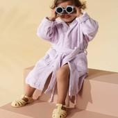 ¡Playa a la vista🏖👀!  Tenemos novedades, nueva marca y nuevos productos para los y las peques de la casa en sus días de playa y piscina🌊☀   🦀 @liewood_design tiene productos preciosos y muy divertidos para los peques. Por ejemplo estas cangrejeras infantiles, flexibles y cómodas🦀   Las tienes disponibles en 4 colores a un precio de escándalo🥰   #alananitanana #tiendaonline #puericultura #españa #mamaprimeriza #instababy #instamom #instadad #maternidad #paternidad #liewood #liewoodkids #liewooddesign #danishdesign #liewoodsummer