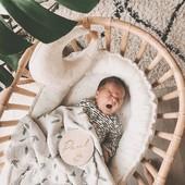 Buenos días y feliz semana💙🧸  👉 Minicuna de ratán con colchón de @childhome.be por 224,90€. Elaborada artesanalmente con ratán natural.  #alananitanana #tiendaonline #puericultura #españa #mamaprimeriza #instababy #instamom #instadad #maternidad #paternidad #babiesofinstagram #embarazo #childhome #cuna #cunanido #cunaratan