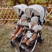 Ligera y compacta, la silla gemelar para acompañaros en sus primeras veces🐣🐣  La Silla gemelar #KukiTwin de @baby_monsters es de otro planeta 🚀🛸 Dicen que es la silla más cómoda del mercado. Nosotros la hemos probado y... ¡alguna siestecita ha caído🧸!  #alananitanana #tiendaonline #puericultura #españa #mamaprimeriza #instababy #instamom #instadad #maternidad #paternidad #mybabymonsters #strollers #twinstroller